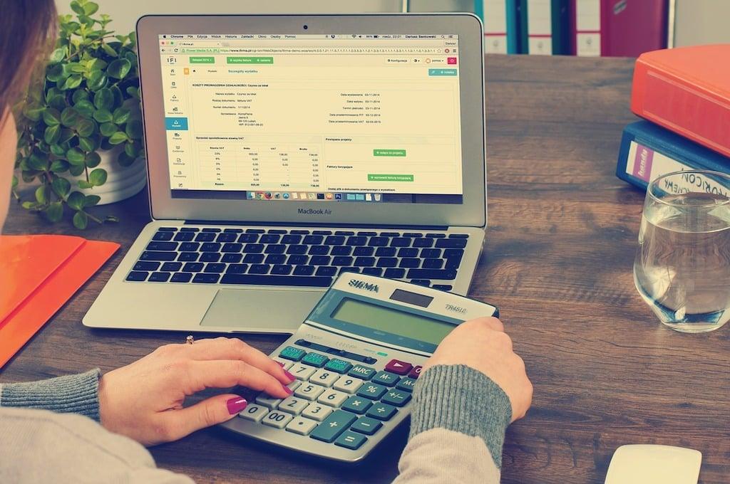Biuro Rachunkowe BRB w Katowicach - BLOG - VAT zmiany przy 25- dniowym zwrocie podatku VAT